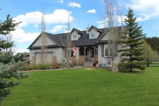 Photo 1: 178012 Priddis Meadows Place W: Rural Foothills County Detached for sale : MLS®# C4299307
