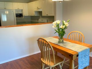 Photo 4: 73 717 Aspen Rd in COMOX: CV Comox (Town of) Row/Townhouse for sale (Comox Valley)  : MLS®# 811391