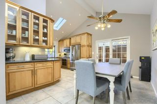 Photo 8: SAN CARLOS House for sale : 4 bedrooms : 8711 Robles Dr in San Diego