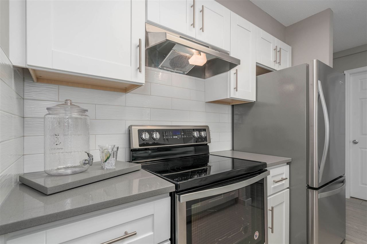 """Photo 8: Photos: 306 4160 ALBERT Street in Burnaby: Vancouver Heights Condo for sale in """"CARLETON TERRACE"""" (Burnaby North)  : MLS®# R2265283"""