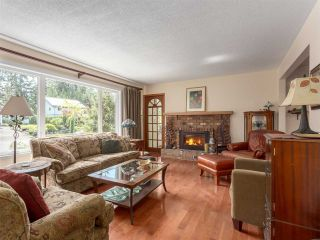 Photo 2: 40173 KINTYRE Drive in Squamish: Garibaldi Highlands House for sale : MLS®# R2098242
