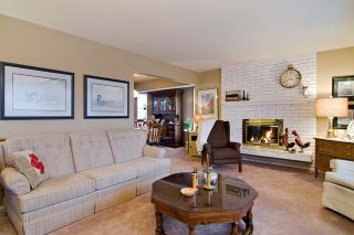 Photo 7: 415 TRINITY Street in Coquitlam: Central Coquitlam House for sale : MLS®# R2043356