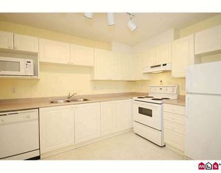 """Photo 3: 411 5759 GLOVER Road in Langley: Langley City Condo for sale in """"COLLEGE COURT"""" : MLS®# F2920211"""