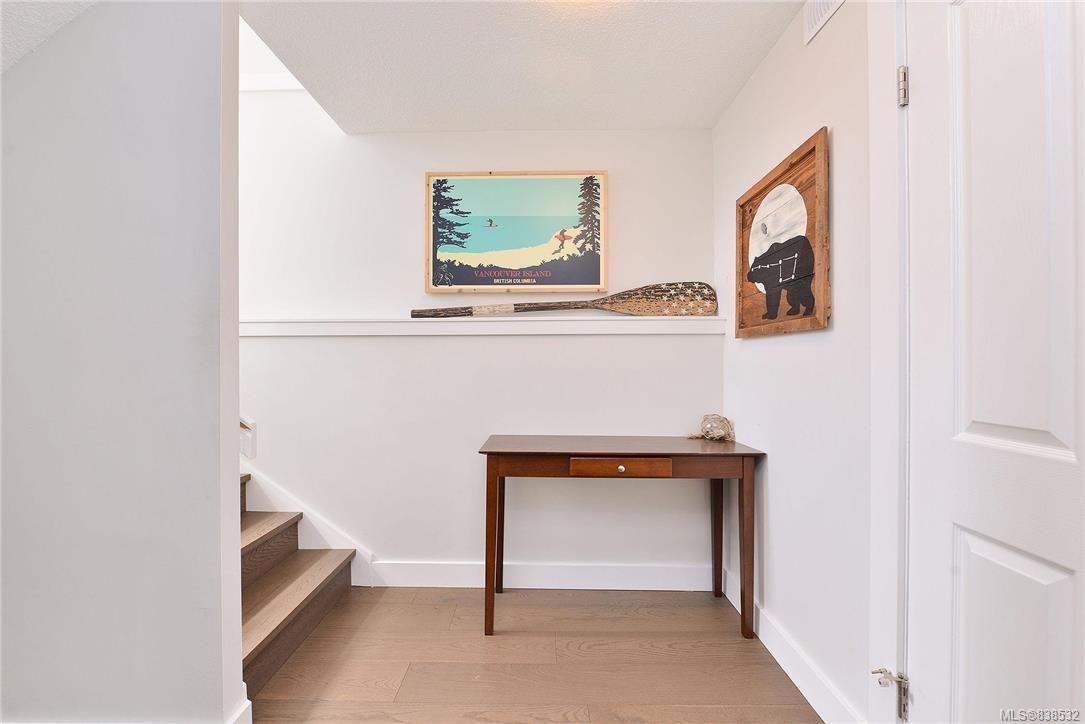Photo 17: Photos: 1620 Burton Ave in Victoria: Vi Oaklands House for sale : MLS®# 838532