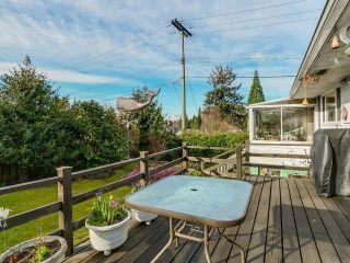 Photo 12: 925 HANDSWORTH Road in North Vancouver: Forest Hills NV House for sale : MLS®# V1110371