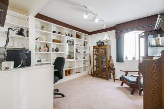 "Photo 29: 15452 VICTORIA Avenue: White Rock House for sale in ""White Rock Hillside"" (South Surrey White Rock)  : MLS®# R2558705"