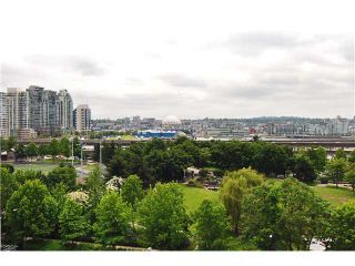 """Photo 9: 809 550 TAYLOR Street in Vancouver: Downtown VW Condo for sale in """"THE TAYLOR"""" (Vancouver West)  : MLS®# V838686"""