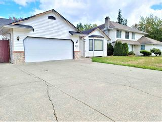 Main Photo: 31381 DEHAVILLAND Drive in Abbotsford: Abbotsford West House for sale : MLS®# R2615841