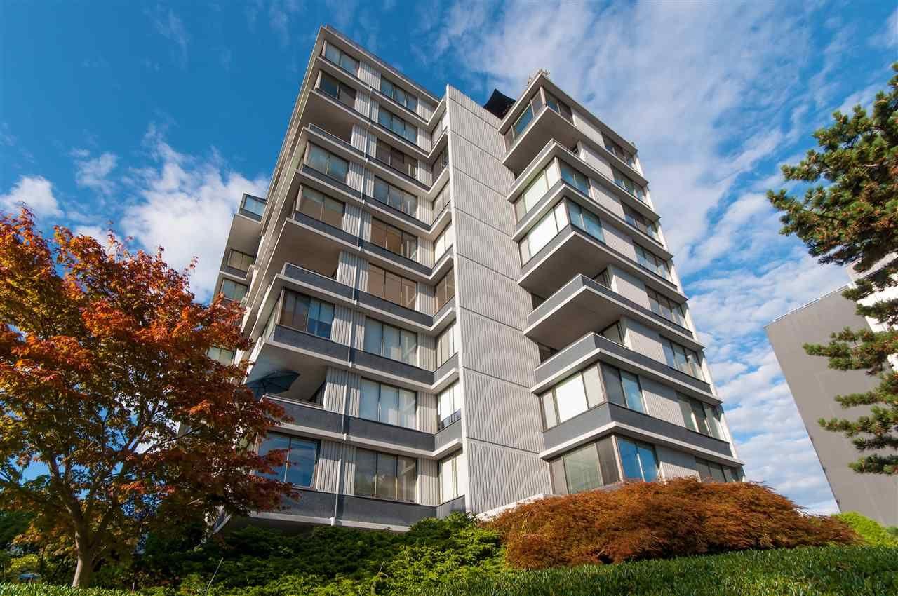 "Main Photo: 601 2167 BELLEVUE Avenue in West Vancouver: Dundarave Condo for sale in ""VANDEMAR WEST"" : MLS®# R2367187"
