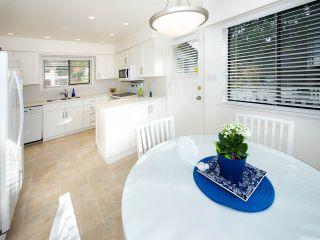 "Photo 10: 6545 HILLSIDE Crescent in Delta: Sunshine Hills Woods House for sale in ""Sunshine Hills"" (N. Delta)  : MLS®# R2042303"