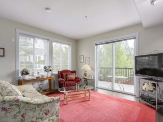Photo 7: # 110 - 2418 Avon  Place in Port Coquitlam: Riverwood Townhouse for sale : MLS®# R2166312