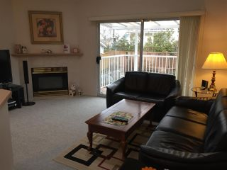 Photo 5: 3327 HOCKADAY Place in Coquitlam: Hockaday House for sale : MLS®# R2143253