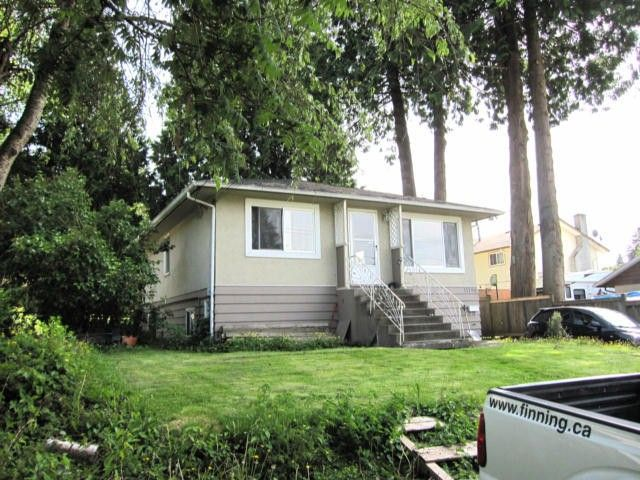 """Photo 1: Photos: 11790 97TH Avenue in Surrey: Royal Heights House for sale in """"ROYAL HEIGHTS"""" (North Surrey)  : MLS®# F1414651"""