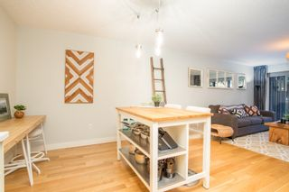 """Photo 10: 103 1330 MARTIN Street: White Rock Condo for sale in """"THE COACH HOUSE"""" (South Surrey White Rock)  : MLS®# R2517158"""
