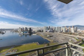 """Photo 6: 1905 1128 QUEBEC Street in Vancouver: Mount Pleasant VE Condo for sale in """"THE NATIONAL"""" (Vancouver East)  : MLS®# R2232561"""