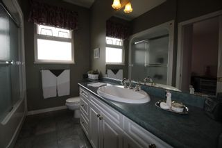 """Photo 12: 4623 224 Street in Langley: Murrayville House for sale in """"Murrayville"""" : MLS®# R2208365"""