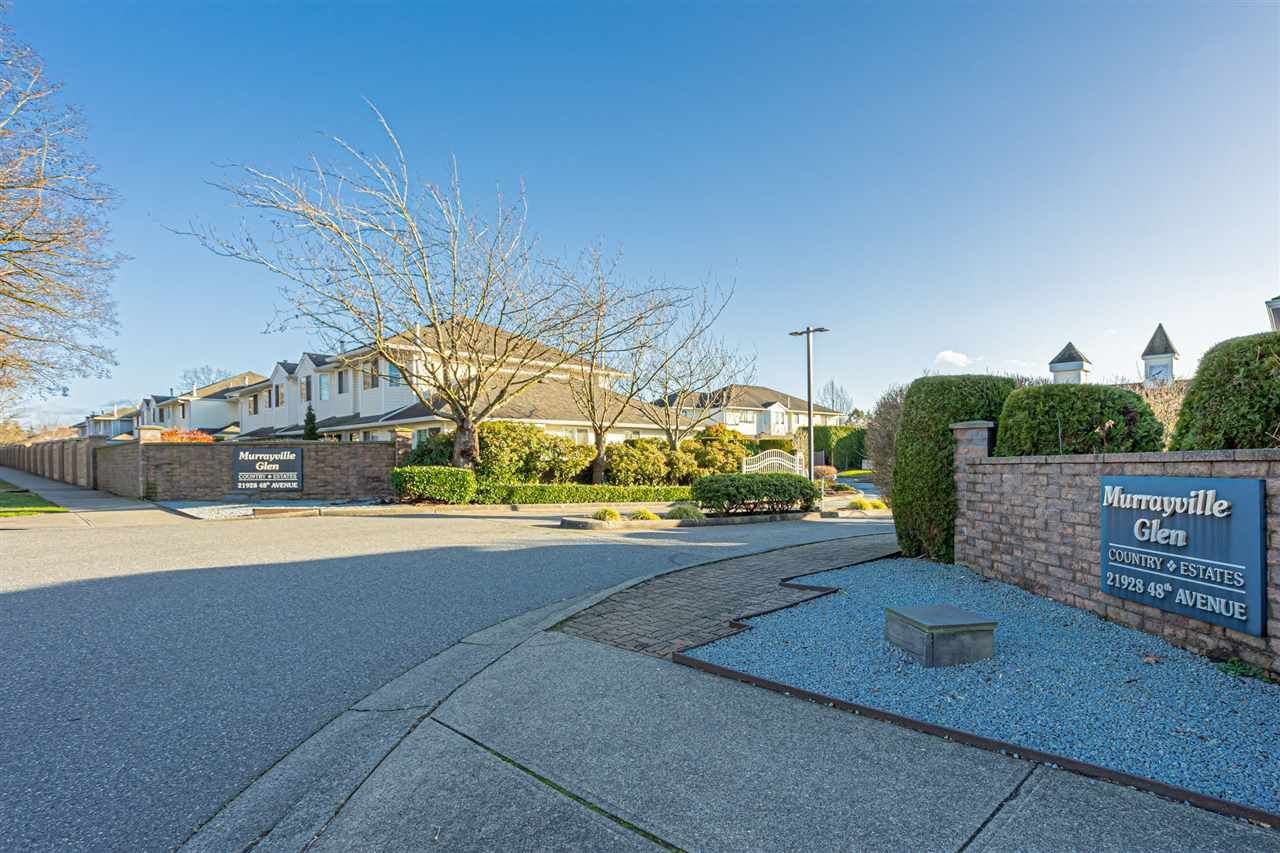 "Main Photo: 113 21928 48 Avenue in Langley: Murrayville Townhouse for sale in ""Murrayville Glen"" : MLS®# R2528800"