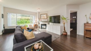 Photo 2: 1 3701 THURSTON Street in Burnaby: Central Park BS Townhouse for sale (Burnaby South)  : MLS®# R2439212