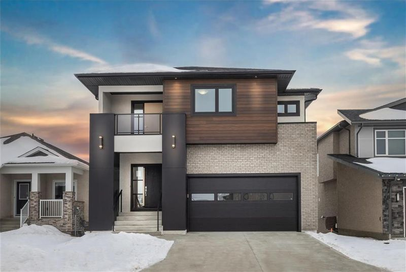 FEATURED LISTING: 23 Lyric Lane Winnipeg