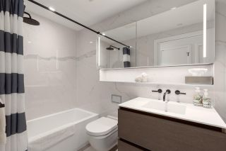"""Photo 14: 2101 620 CARDERO Street in Vancouver: Coal Harbour Condo for sale in """"CARDERO"""" (Vancouver West)  : MLS®# R2577722"""