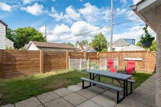 Photo 21: 1115 Clifton Street in Winnipeg: Sargent Park Residential for sale (5C)  : MLS®# 202115684