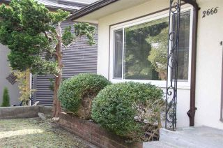 Photo 3: 2666 E 6TH Avenue in Vancouver: Renfrew VE House for sale (Vancouver East)  : MLS®# R2510192
