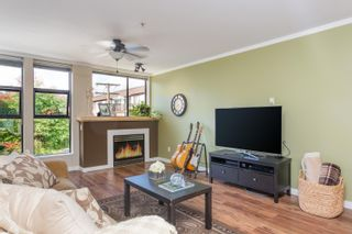 """Photo 2: 408 305 LONSDALE Avenue in North Vancouver: Lower Lonsdale Condo for sale in """"THE MET"""" : MLS®# R2615053"""
