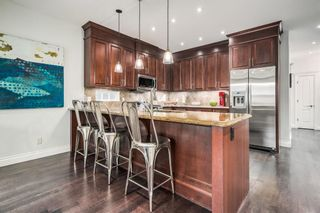 Photo 10: 2118 1 Avenue NW in Calgary: West Hillhurst Semi Detached for sale : MLS®# A1120064