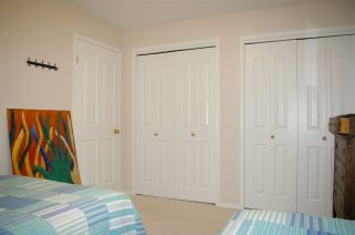 Photo 28: 10 9731 174 Street in Edmonton: Zone 20 House Half Duplex for sale : MLS®# E4236786