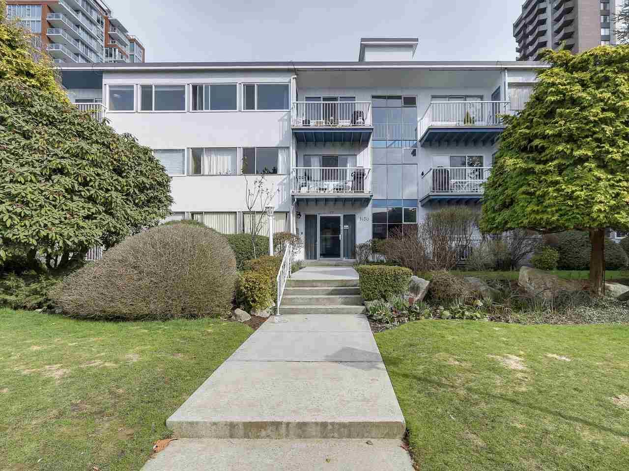 Main Photo: 12 1450 CHESTERFIELD AVENUE in : Central Lonsdale Condo for sale : MLS®# R2148745