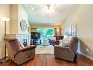 """Photo 10: 106 19649 53 Avenue in Langley: Langley City Townhouse for sale in """"Huntsfield Green"""" : MLS®# R2595915"""