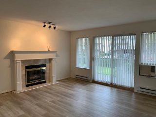 """Photo 3: 107 33110 GEORGE FERGUSON Way in Abbotsford: Central Abbotsford Condo for sale in """"Tiffany Park"""" : MLS®# R2575880"""