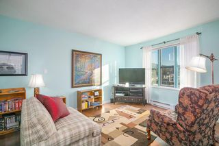 """Photo 10: 903 1555 EASTERN Avenue in North Vancouver: Central Lonsdale Condo for sale in """"THE SOVEREIGN"""" : MLS®# R2131360"""