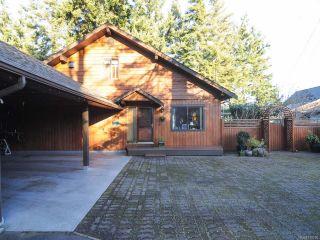Photo 10: 2238 SEABANK ROAD in COURTENAY: CV Comox Peninsula House for sale (Comox Valley)  : MLS®# 718790