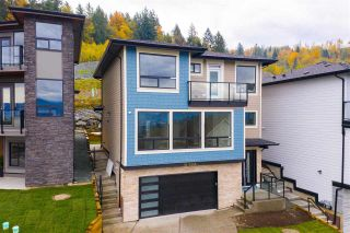"""Photo 2: 18 5248 GOLDSPRING Place in Chilliwack: Promontory House for sale in """"Goldspring Heights"""" (Sardis)  : MLS®# R2576694"""