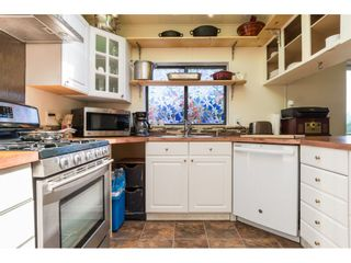 """Photo 9: 3 2120 KING GEORGE Boulevard in Surrey: King George Corridor Manufactured Home for sale in """"Five Oaks"""" (South Surrey White Rock)  : MLS®# R2189509"""