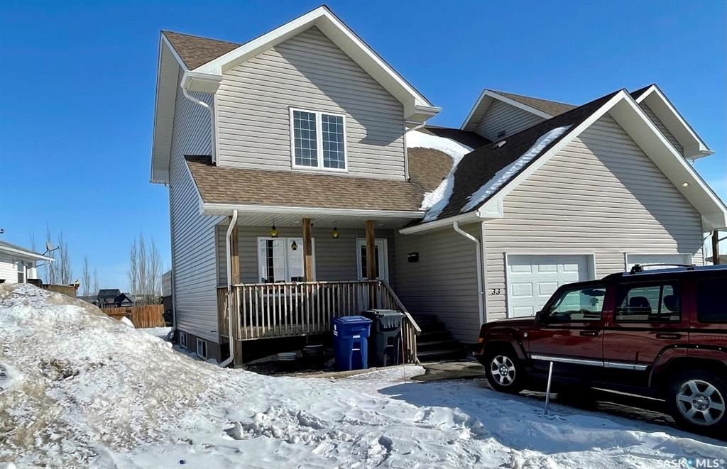Main Photo: 33 200 Hiebert Crescent in Martensville: Residential for sale : MLS®# SK842990