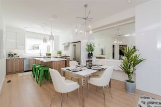 """Photo 5: 47 1670 160 Street in Surrey: King George Corridor Townhouse for sale in """"Isola"""" (South Surrey White Rock)  : MLS®# R2496219"""