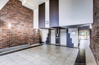 """Photo 6: 109 950 DRAKE Street in Vancouver: Downtown VW Condo for sale in """"ANCHOR POINT"""" (Vancouver West)  : MLS®# R2401708"""