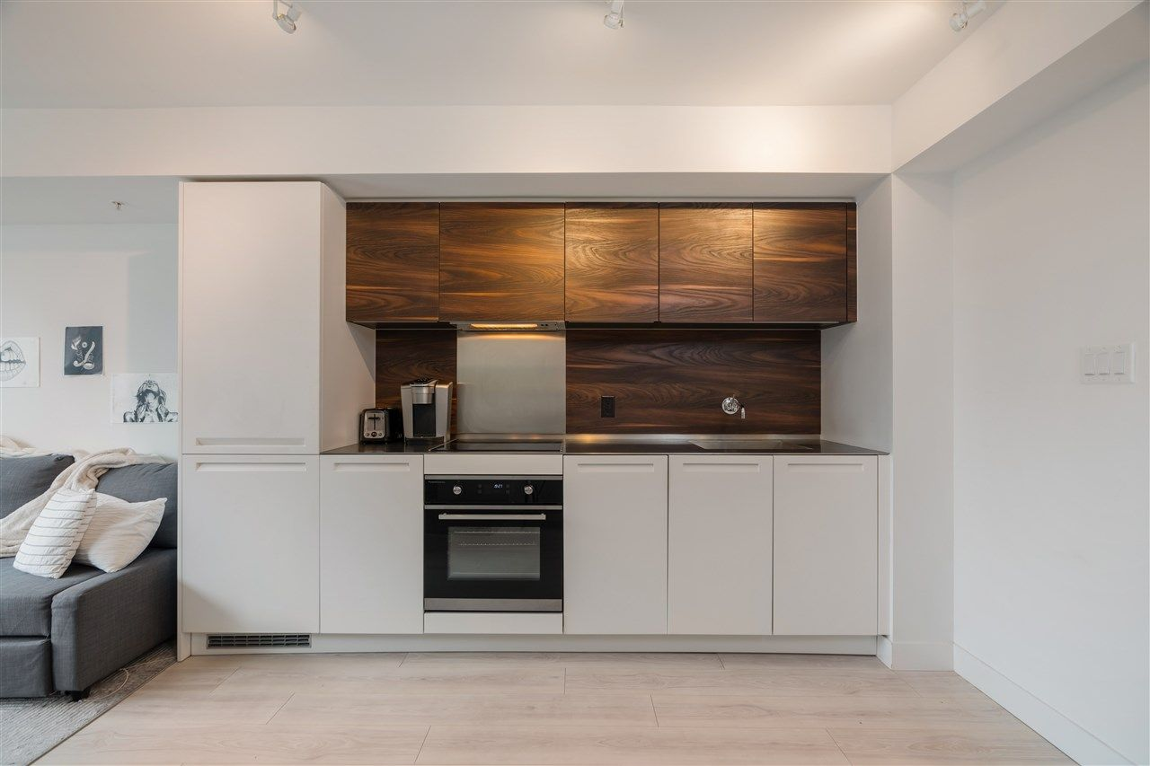 Main Photo: 903 - 1133 Hornby St in Vancouver: Downtown VW Condo for sale (Vancouver West)  : MLS®# R2571920