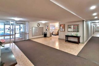 Photo 11: 801 20 William Roe Boulevard in Newmarket: Central Newmarket Condo for sale : MLS®# N4751984