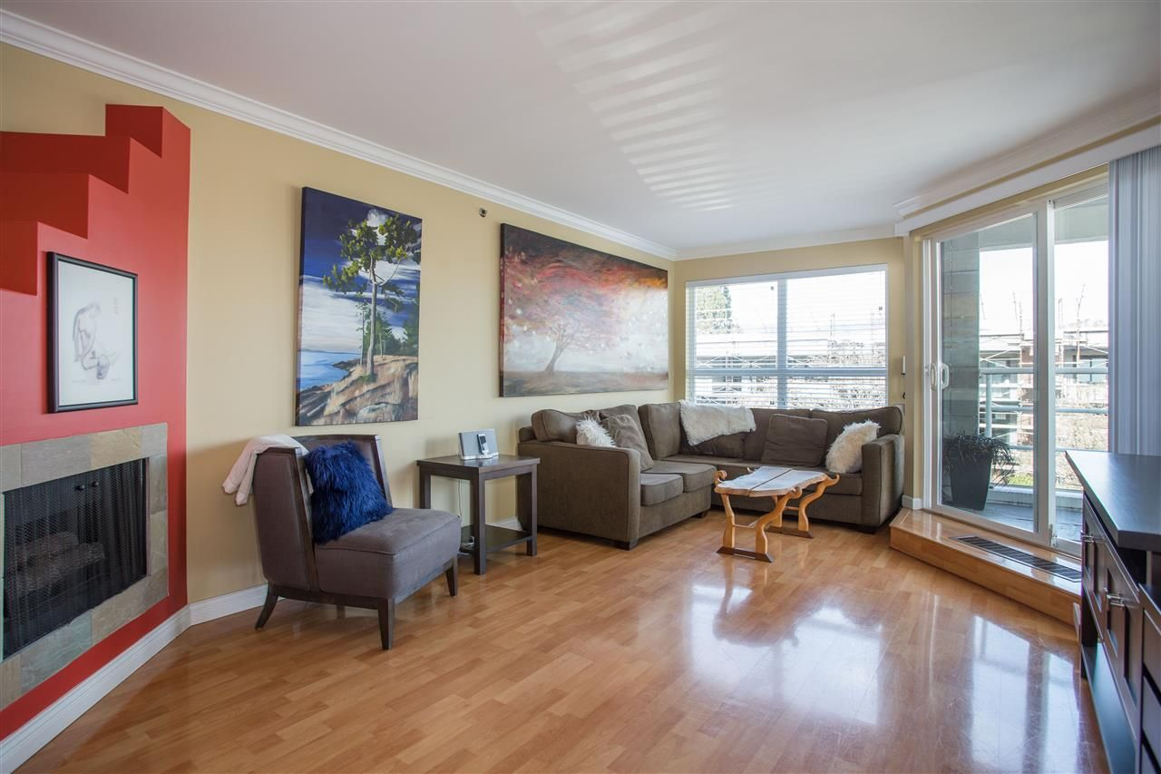 Photo 2: Photos: 2232 YORK Avenue in Vancouver: Kitsilano Townhouse for sale (Vancouver West)  : MLS®# R2255539