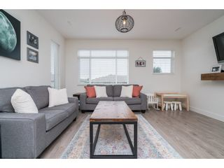 "Photo 8: 9 34230 ELMWOOD Drive in Abbotsford: Central Abbotsford Townhouse for sale in ""Ten Oaks"" : MLS®# R2386873"