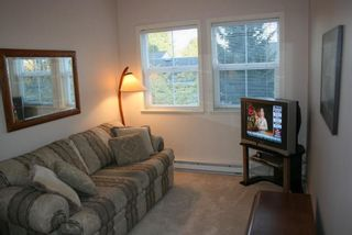 Photo 8: 203 1630 154 Street in Carlton Court: Home for sale : MLS®# F2925262