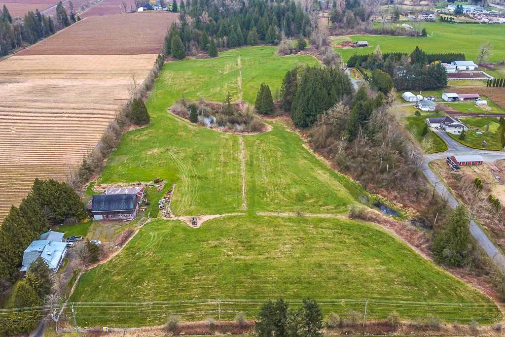 Main Photo: 3294 LEFEUVRE Road in Abbotsford: Aberdeen House for sale : MLS®# R2561237