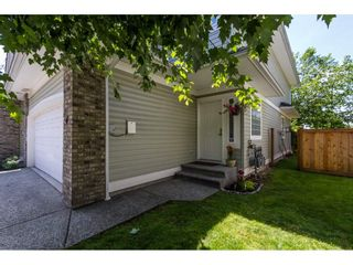 """Photo 2: 4 1290 AMAZON Drive in Port Coquitlam: Riverwood Townhouse for sale in """"CALLOWAY GREEN"""" : MLS®# R2085636"""