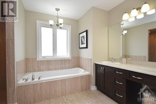 Photo 19: 31 YORK CROSSING ROAD in Russell: House for sale : MLS®# 1261417