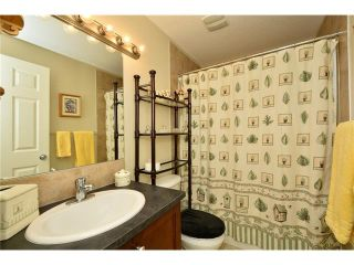 Photo 36: 193 ROYAL CREST VW NW in Calgary: Royal Oak House for sale : MLS®# C4107990