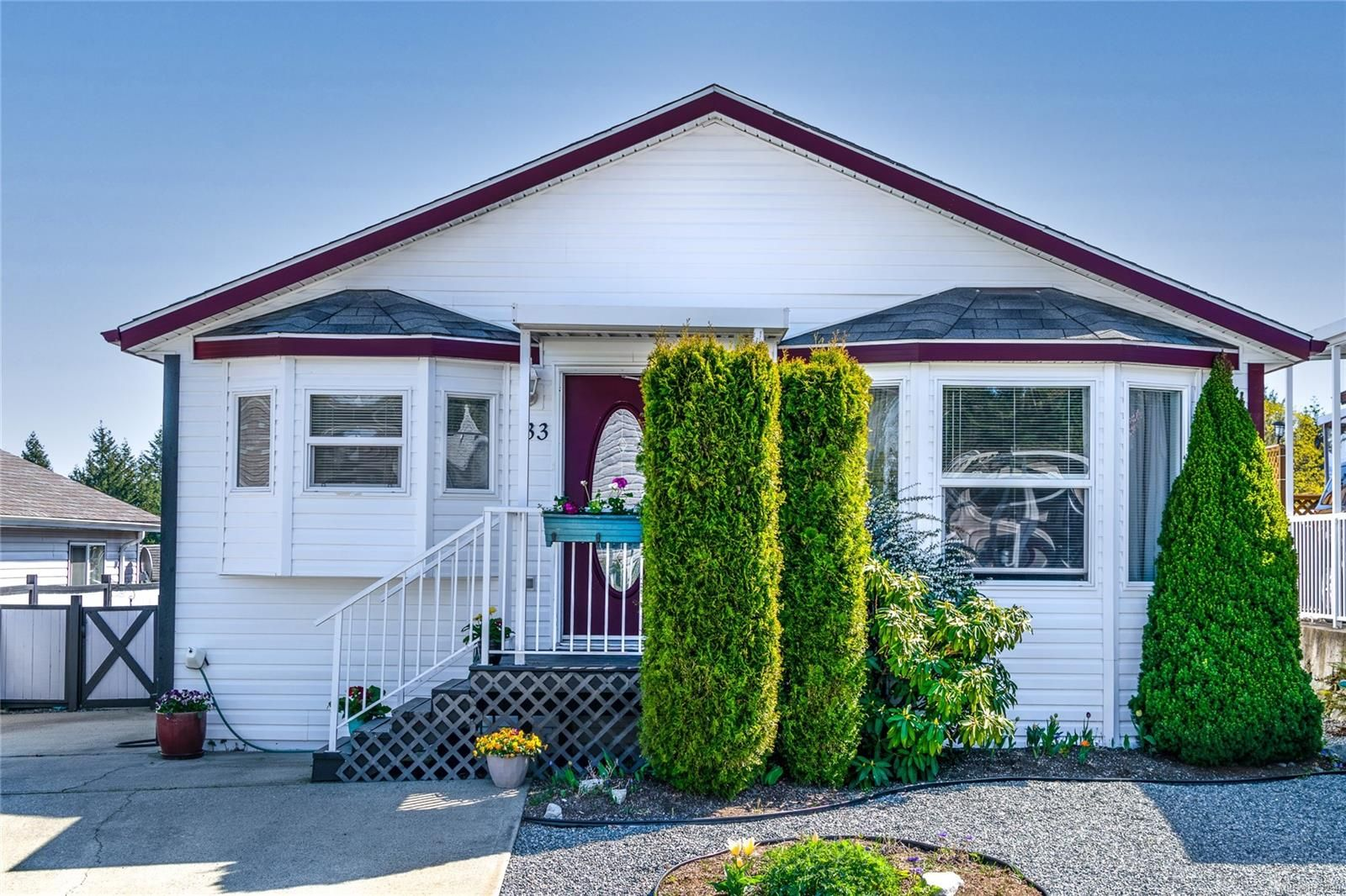 Main Photo: 33 658 Alderwood Rd in : Du Ladysmith Manufactured Home for sale (Duncan)  : MLS®# 873299