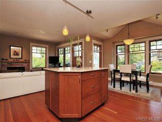 Photo 9: 631 Avalon Rd in VICTORIA: Vi James Bay Half Duplex for sale (Victoria)  : MLS®# 640799